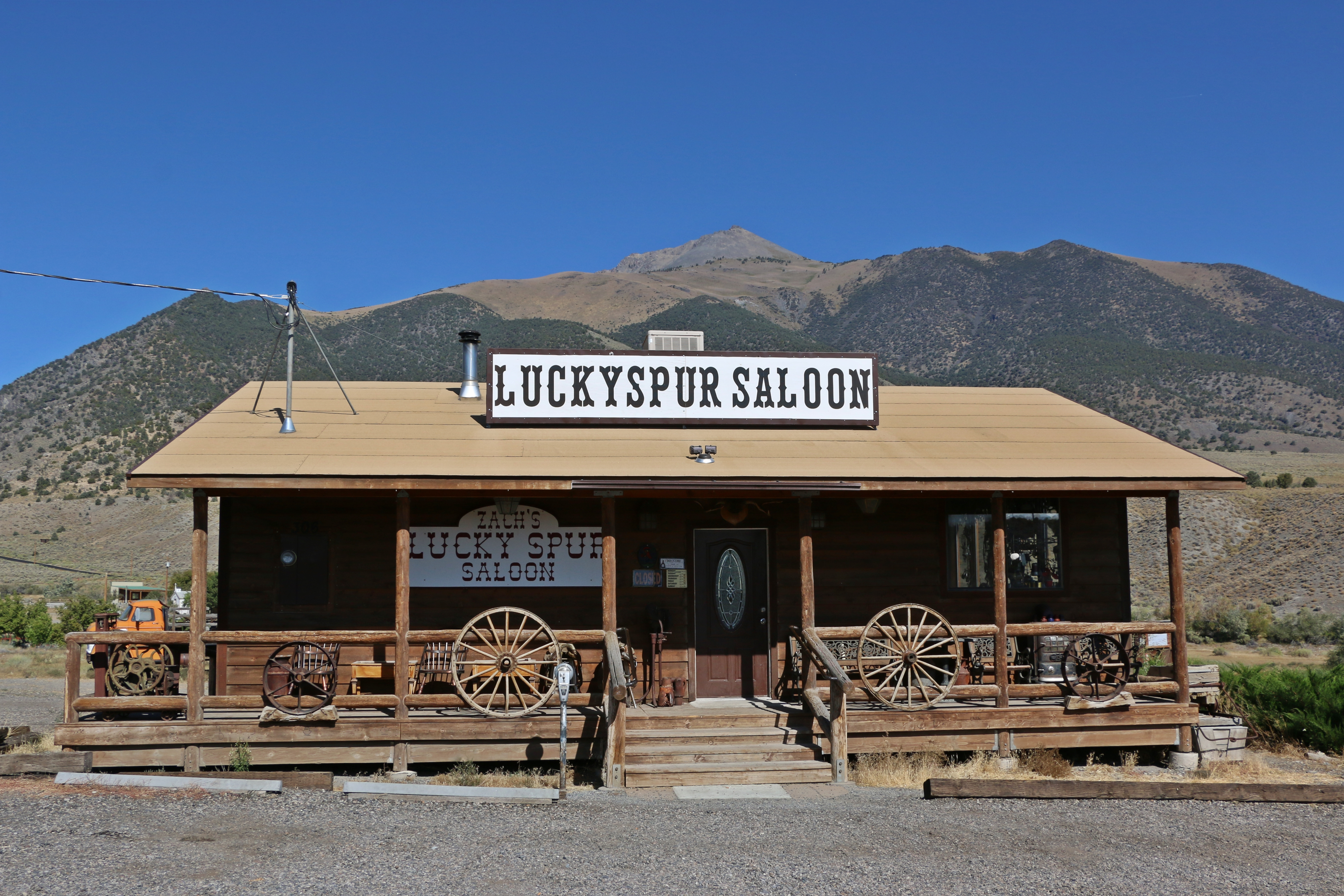 BEST BAR IN THE MIDDLE OF NOWHERE